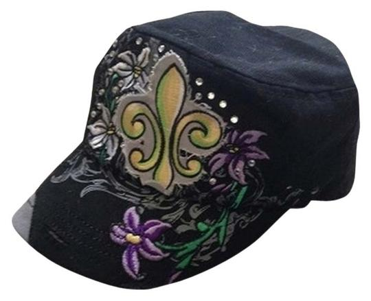 Preload https://item3.tradesy.com/images/black-military-style-hat-1693122-0-0.jpg?width=440&height=440