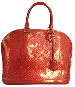 Louis Vuitton Vernis Tote in Pomme D Amour