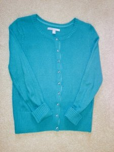 Preload https://item4.tradesy.com/images/old-navy-turquoise-sweaterpullover-size-8-m-1693298-0-0.jpg?width=400&height=650