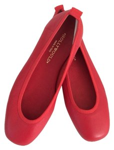 Hollywould Soft Red Flats