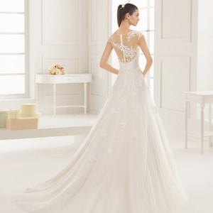 Rosa Clara Two Exuberante 2016 Wedding Dress