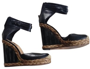 BCBGMAXAZRIA Black with touches of straw basket weave type of colors (Browns) Wedges