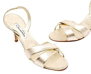 Oscar de la Renta Gold Evening Slingback Light gold Pumps