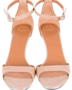 Givenchy Nude. Sandals