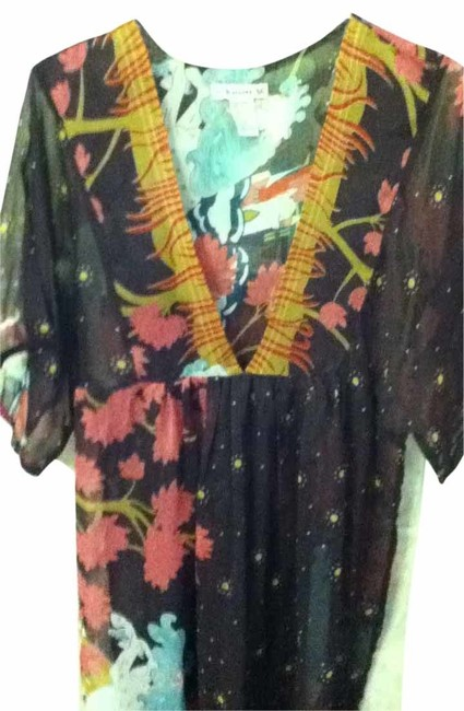 Preload https://item5.tradesy.com/images/forever-21-multicolor-tunic-size-8-m-16939-0-0.jpg?width=400&height=650