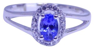 TANZANITE STUNNING OVAL SHAPE TANZANITE RING WHITE TOPAZ IN SHANK/SPLIT-SHANK STERLING SILVER