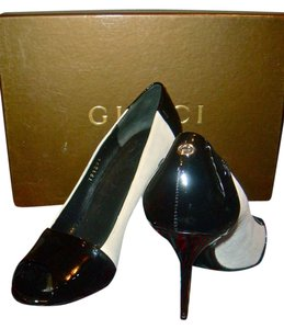 Gucci black , white Pumps