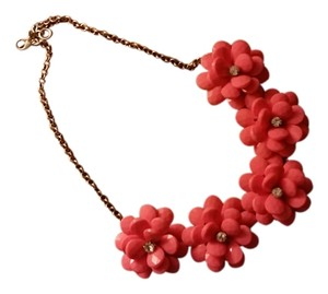 Apt. 9 Flower statement necklace