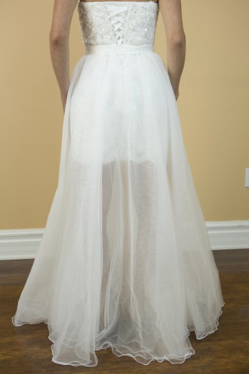 White Organza Lace Handmade Sexy 2 In with Detachable Skirt Modern Wedding Dress Size 6 (S)