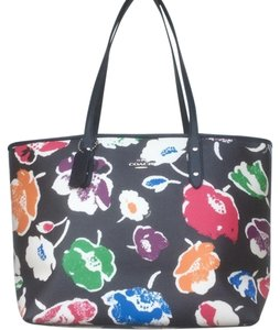 Coach Nwt New With Tags Tote in Rainbow Multicolor