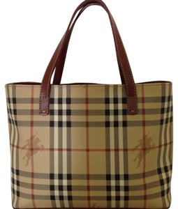 475ce635705 Burberry Totes - Up to 70% off at Tradesy