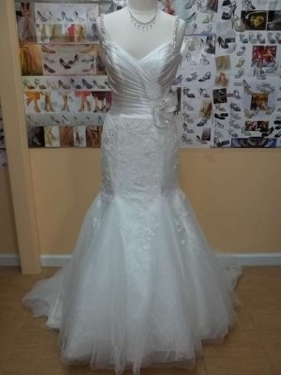 Impression Bridal Ivory Tulle/Satin/Lace 10160 Formal Wedding Dress Size 10 (M)