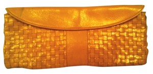 BABEE D Leather Yellow Clutch