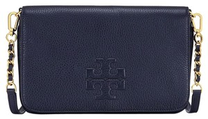 Tory Burch 18169716 190041107940 Tory Navy Clutch