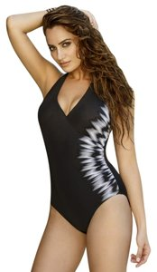 Miraclesuit Miraclesuit Sound Wave Addison One-Piece size 12