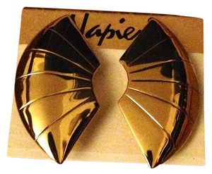 Napier Vintage 1970s Napier Gold Tone Fan Shaped Post Back Pierced Earrings