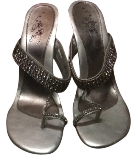 Naughty Monkey Silver Pumps