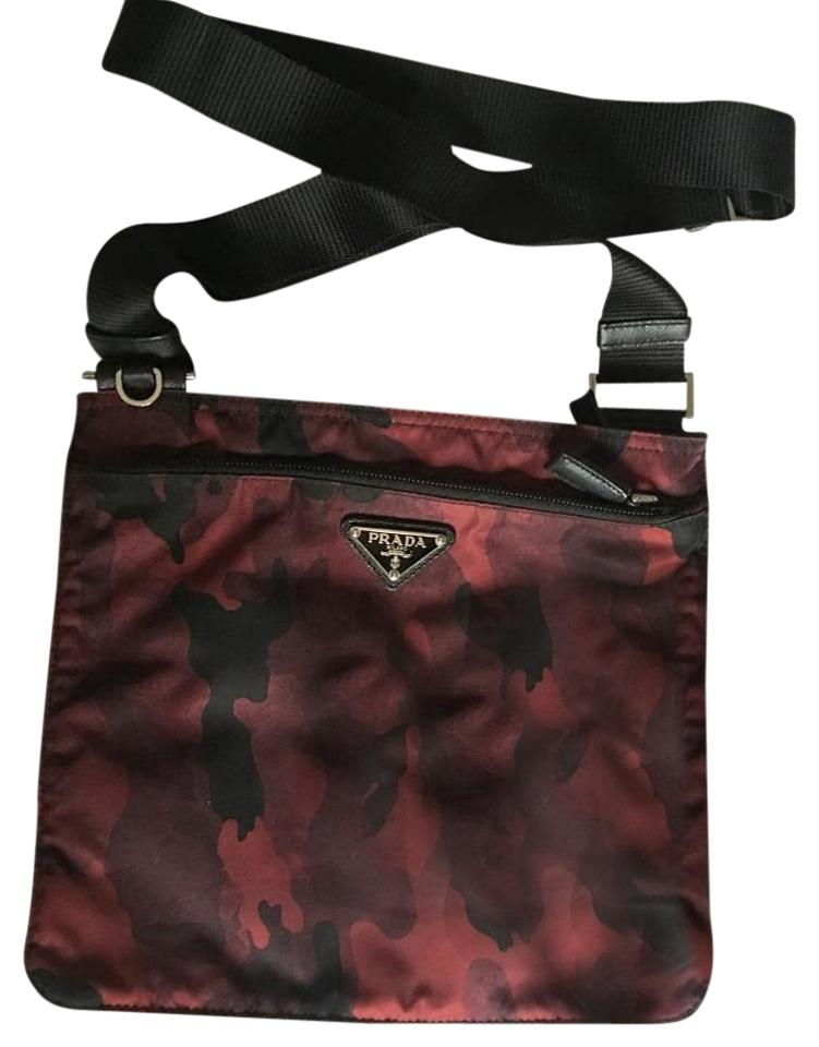 e9d093e07b2a Prada Camouflage Messenger Red/Black Tessuto Nylon Cross Body Bag ...