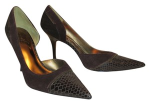 Carlos Santana Zipper Detail Faux Snake brown Pumps
