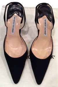 Manolo Blahnik Manolo Heels Satin Slingback Strawberry Fields Black Pumps