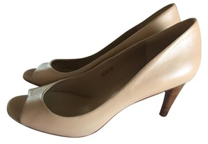 Via Spiga Nude Pumps