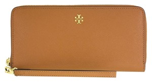 Tory Burch Authentic Tory Burch York Passport Wallet Luggage $155