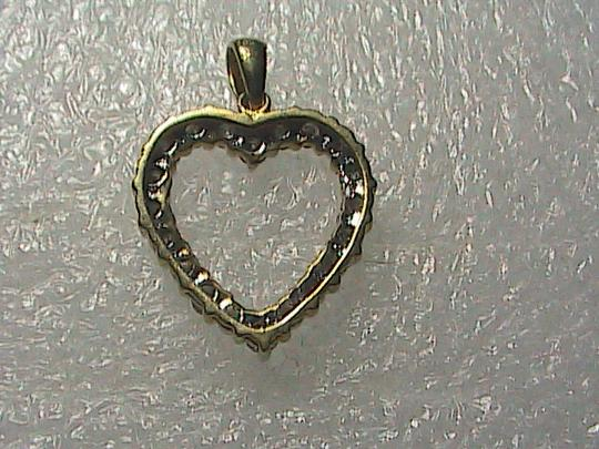 Unknown 10k Solid Yellow Gold .25 cts Heart Diamond Pendant (#1)
