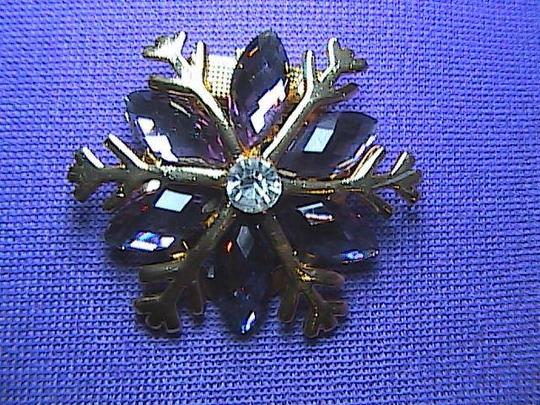 Unknown Beautiful Fashion Gold Tone Scarf Clip Pin
