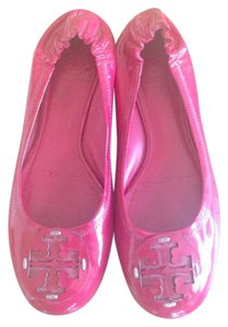 Tory Burch Chic Patent Leather Logo Red Pink Fucsia Flats