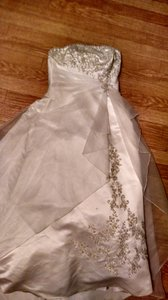 David's Bridal Beautiful Strapless Beaded Wedding Dress