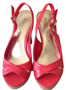 White House | Black Market Red Wedges