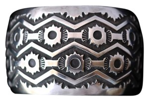 EMERSON BILL 116.6 NATIVE AMERICAN EMERSON BILL VINTAGE NAVAJO STERLING SILVER CUFF BRACELET