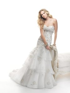 Maggie Sottero 4mg903 (nouvelle) Wedding Dress