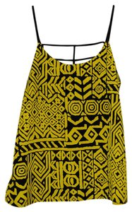 Ya Los Angeles Top Yellow and Black pattern