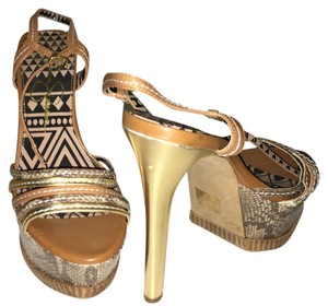 Jessica Simpson BROWN/GOLD Sandals