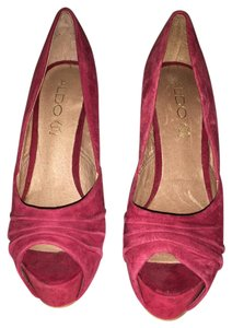 ALDO BURGUNDY Pumps