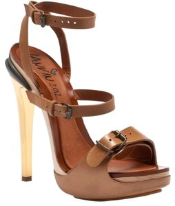 Lanvin Leather Heels Heels Pumps New Tan Sandals