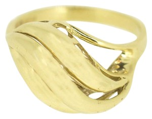 14K Yellow Gold Wave Ring 4 Grams Size 6.5