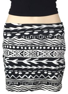 Victoria's Secret Mini Skirt Black & White