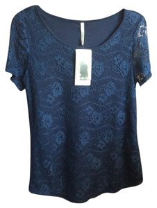 Leo & Nicole Top Navy Blue