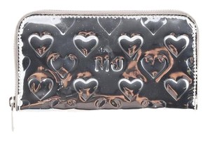 Marc Jacobs * Heart Patterned Platinum Marc Jacobs wallet