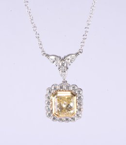 Fancy Light Yellow Diamond Pendant In 18k Yellow Gold And Platinum