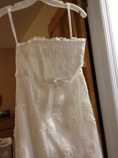 David's Bridal Ivory Polyester Nylon with Lace Strapless Empire Waist Wedding Dress Size 6 (S)