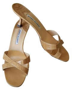 Manolo Blahnik Manolos Tan Sandals