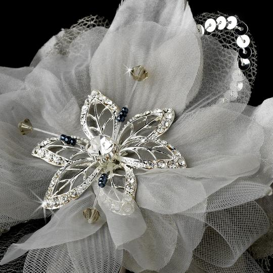 Ivory Or White Chic Flower Rhinestone Beads Feather Fascinat Special Occassion Clip Hair Accessory