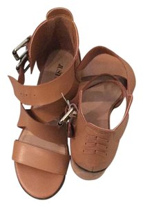 JustFab Stevemadden Chunky Strappy Cognac Sandals