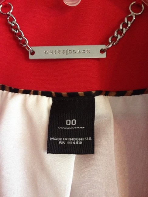 White House | Black Market Little Zippered Top RED