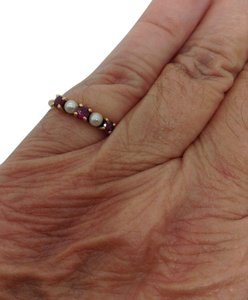 Tiffany & Co. 18k yellow gold, red ruby, freshwater cultured white pearl ring