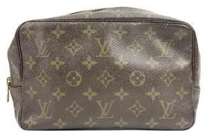 Louis Vuitton Men's Travel Case 76LVA624
