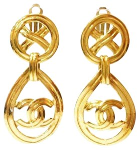 Chanel Authentic Vintage Chanel Gold Plated Tear Drop CC Clip on Earrings